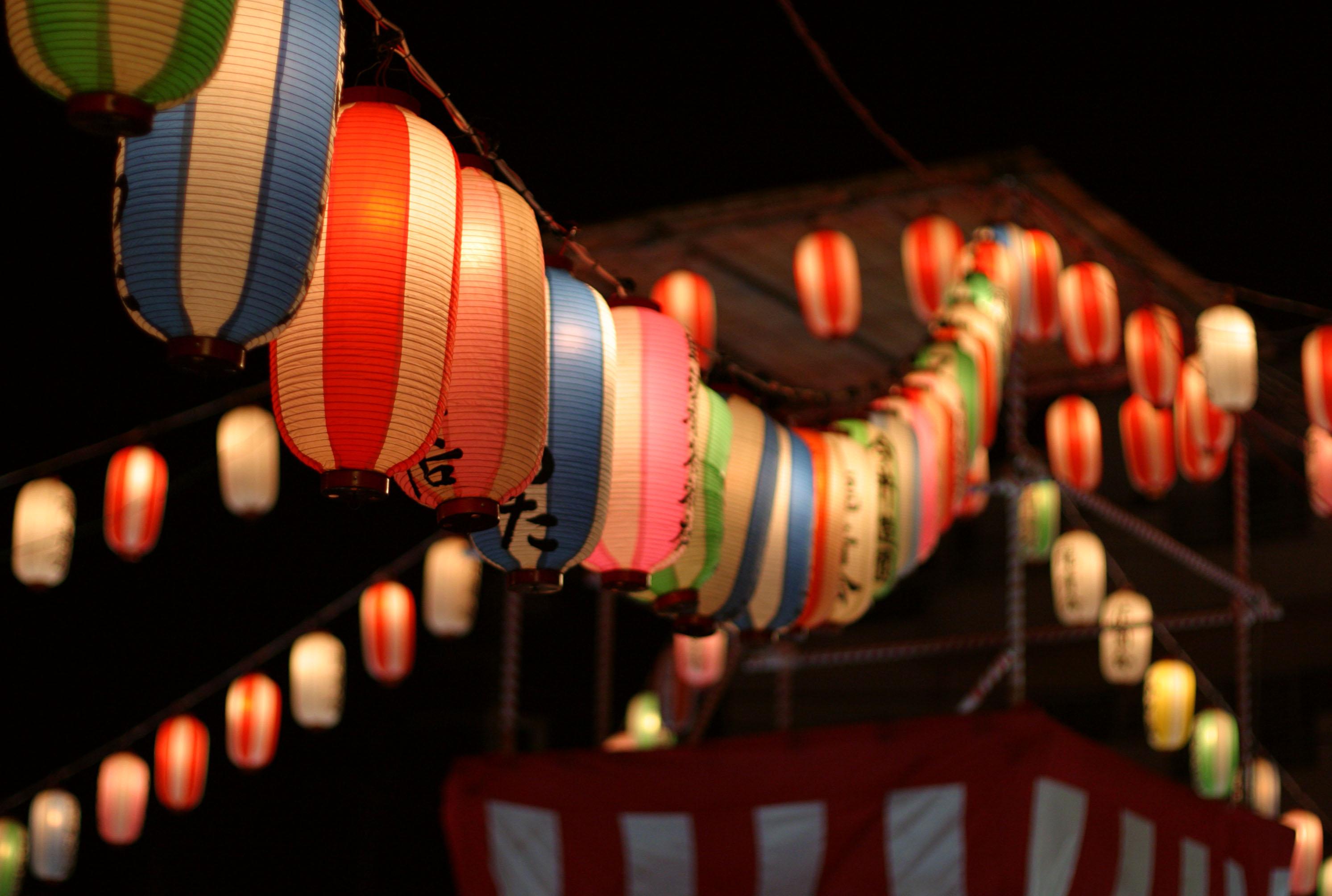 写真,素材,無料,フリー,フォト,クリエイティブ・コモンズ,風景,壁紙,夏祭りの提灯, ちょうちん, 提灯, 堤燈, 盆踊り