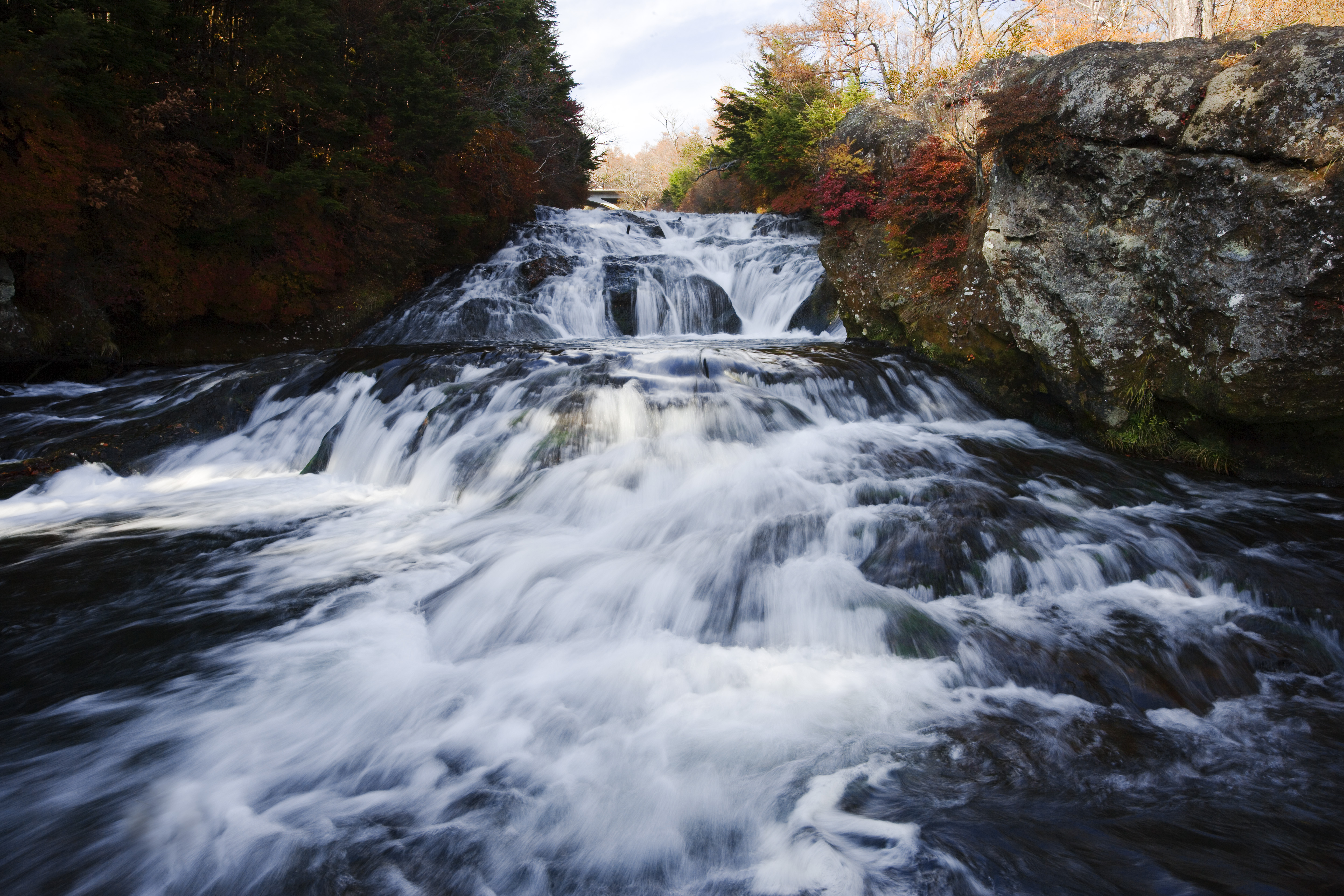 Yun Free Stock Photos : No. 2729 An autumn fast flowing ...