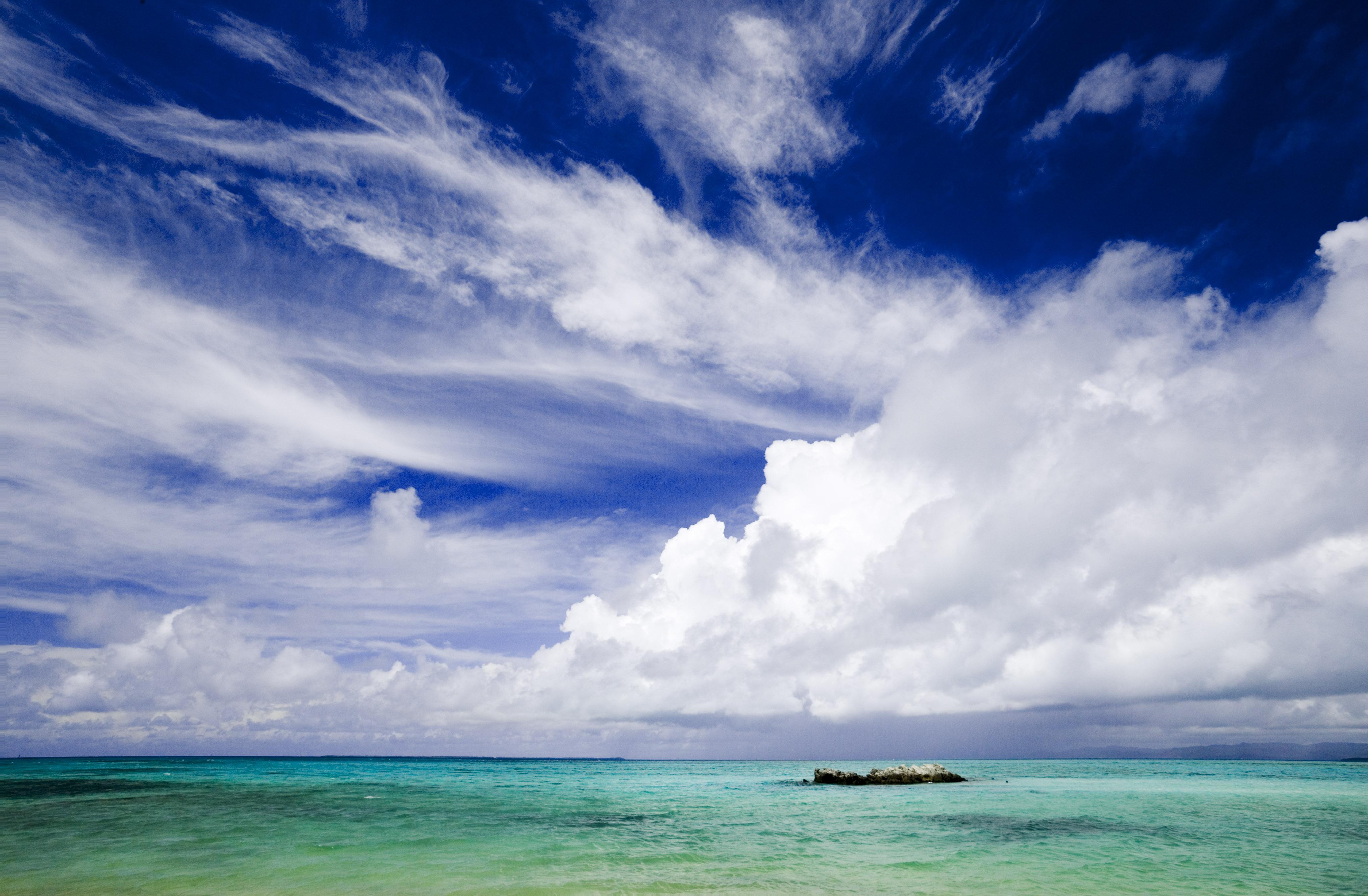fotografia, material, livra, ajardine, imagine, proveja fotografia,O c�u de um pa�s sulista, nuvem, O mar, c�u azul, Verde de esmeralda
