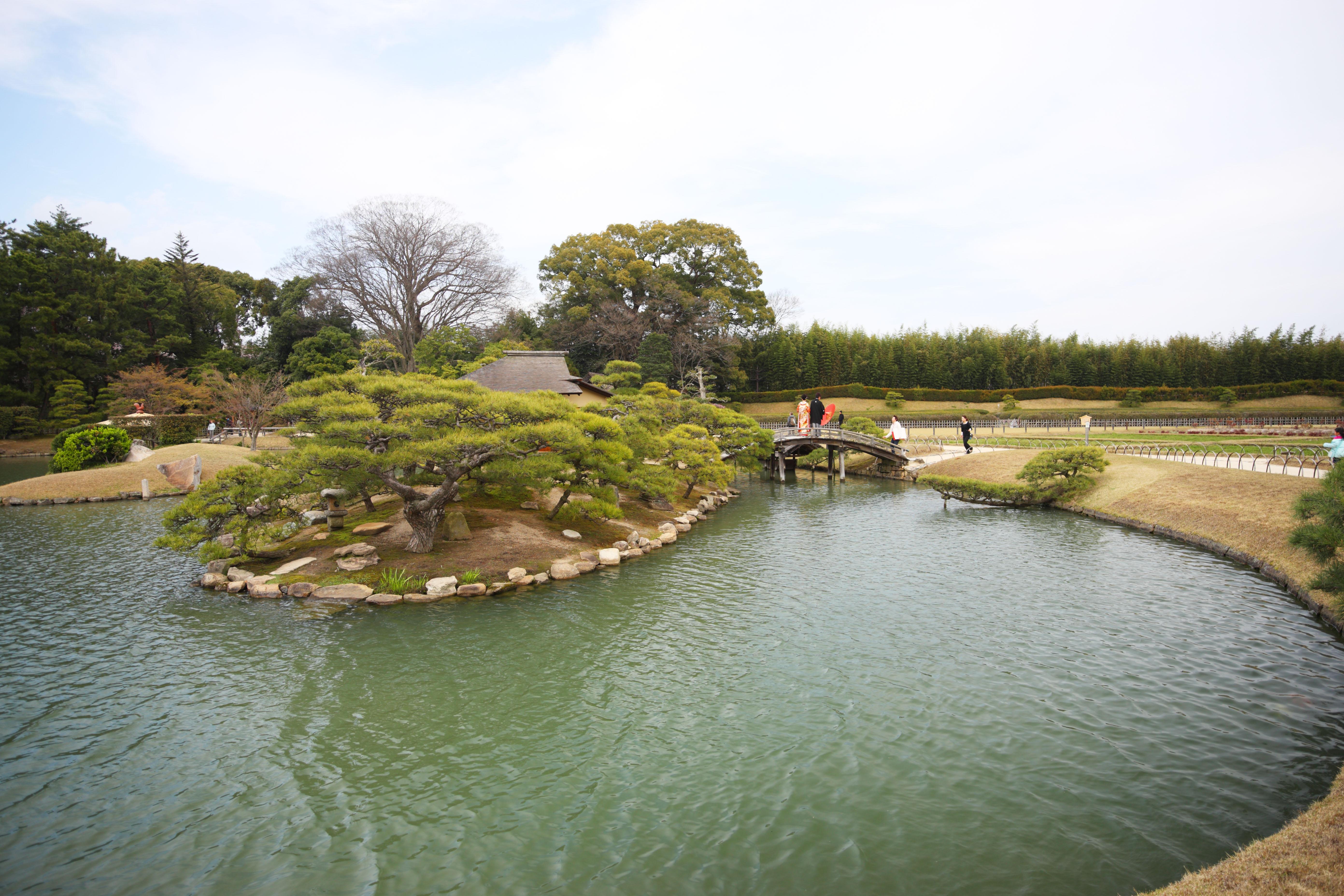 ゆんフリー写真素材集 : No. 9695 後楽園 沢の池 [日本 / 岡山]