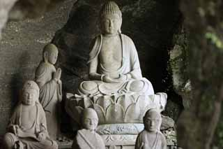 photo,material,free,landscape,picture,stock photo,Creative Commons,Mt. saw Okuno-in Temple no rhea cave, Buddhism, Ishibotoke, Buddhist image, Realization
