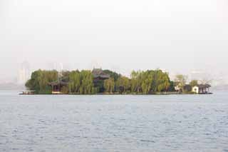 photo,material,free,landscape,picture,stock photo,Creative Commons,Xi-hu lake, An island, willow, An arbor, Chinese building