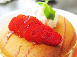photo,material,free,landscape,picture,stock photo,Creative Commons,A pancake, Sweets, Fresh cream, strawberry,