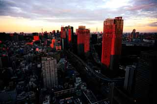 photo,material,free,landscape,picture,stock photo,Creative Commons,Tokyo sunset, building, The downtown area, Shiodome, high-rise apartment