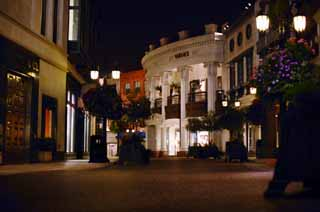 photo,material,free,landscape,picture,stock photo,Creative Commons,Night on the Rodeo Drive, celebrity, building, way, lighting