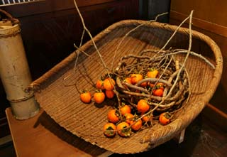 photo,material,free,landscape,picture,stock photo,Creative Commons,The truth and bamboo basket of persimmon, colander, , , Japanese persimmon