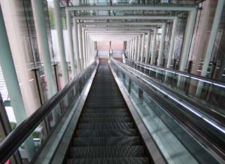 photo,material,free,landscape,picture,stock photo,Creative Commons,Escalator, building, escalator, belt, step