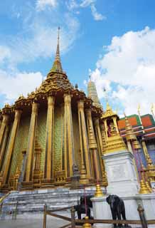 photo,material,free,landscape,picture,stock photo,Creative Commons,Pula mon dop, Gold, Buddha, Temple of the Emerald Buddha, Sightseeing