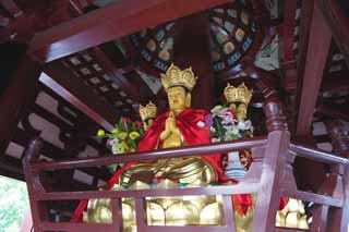 photo,material,free,landscape,picture,stock photo,Creative Commons,A Buddhist image in Five Storeyed Pagoda of the mountain in winter temple, Buddhist image, Gold, , Buddhism