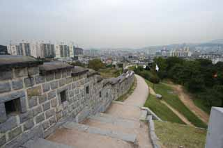 photo,material,free,landscape,picture,stock photo,Creative Commons,The castle wall of Hwaseong Fortress, castle, stone pavement, tile, castle wall