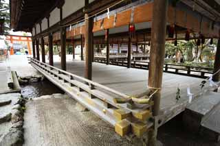 photo,material,free,landscape,picture,stock photo,Creative Commons,Kamigamo Shrine river bridge house, Sei God, God, world heritage, The Emperor