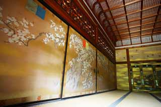 photo,material,free,landscape,picture,stock photo,Creative Commons,Ninna-ji Temple Shin-den, Gold leaf, Japanese-style room, Japanese traditional painting, Gorgeousness
