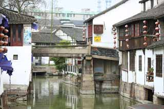 photo,material,free,landscape,picture,stock photo,Creative Commons,Zhujiajiao canal, waterway, The surface of the water, Ishigaki, white wall