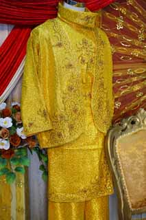 photo,material,free,landscape,picture,stock photo,Creative Commons,Malaysian clothes, Folk costume, Gold, I am luxurious, man