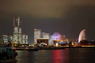 photo,material,free,landscape,picture,stock photo,Creative Commons,Yokohama Minato Mirai 21, landmark tower, Ferris wheel, An amusement park, future model city